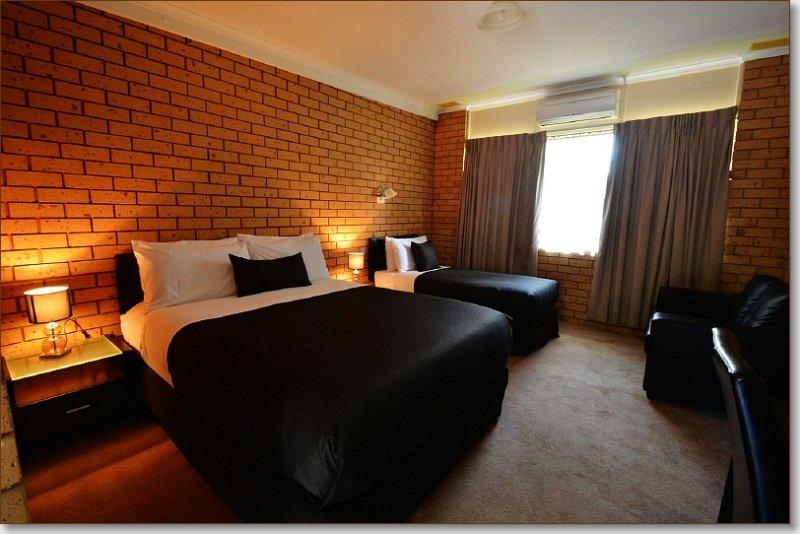 Avondel Motor Inn Updated 2017 Hotel Reviews Price Comparison Benalla Australia Tripadvisor