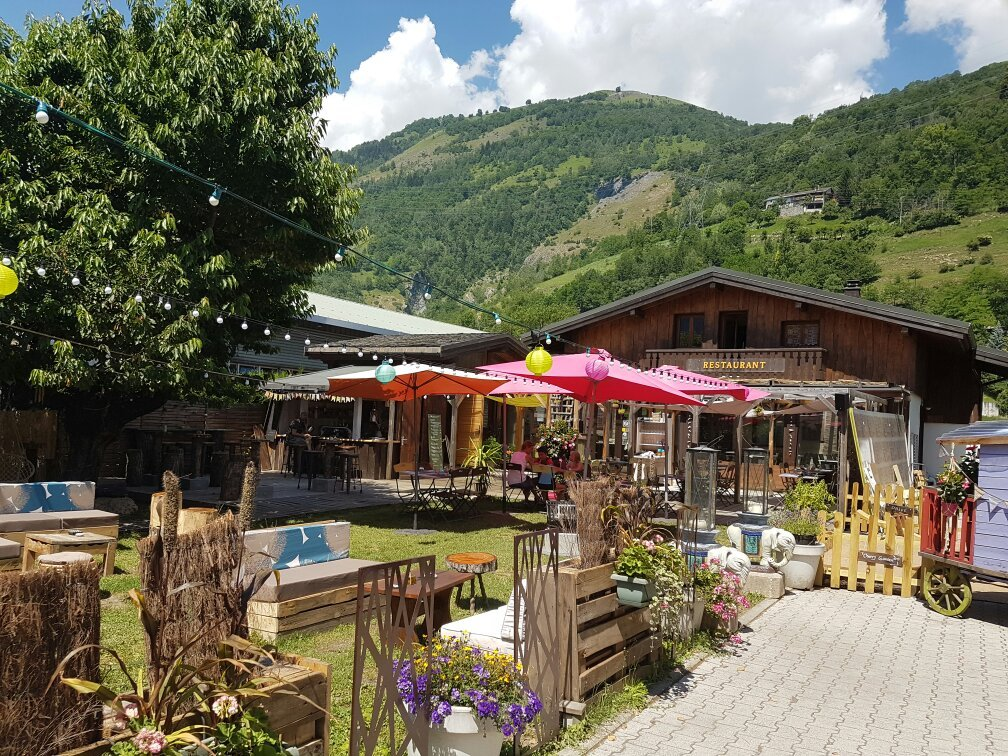 Cherry garden bourg saint maurice restaurant reviews for Bourg st maurice piscine
