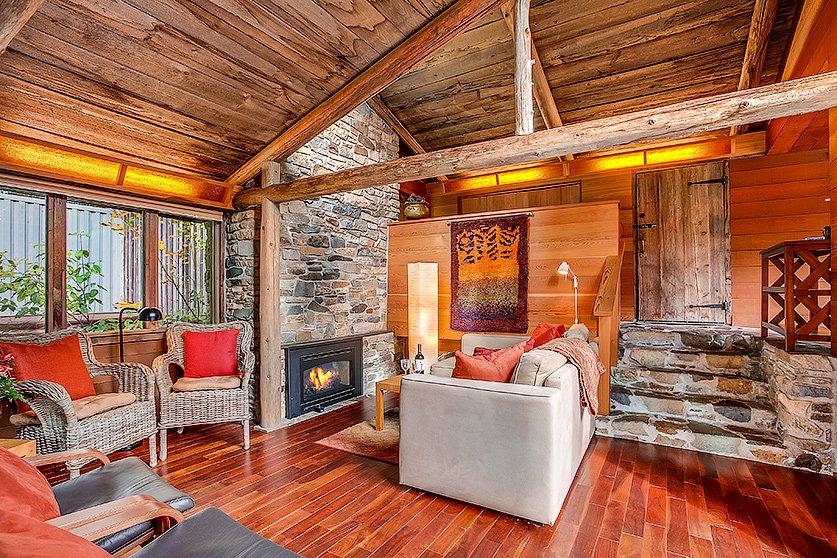 Deep Forest Cabins at Mt. Rainier