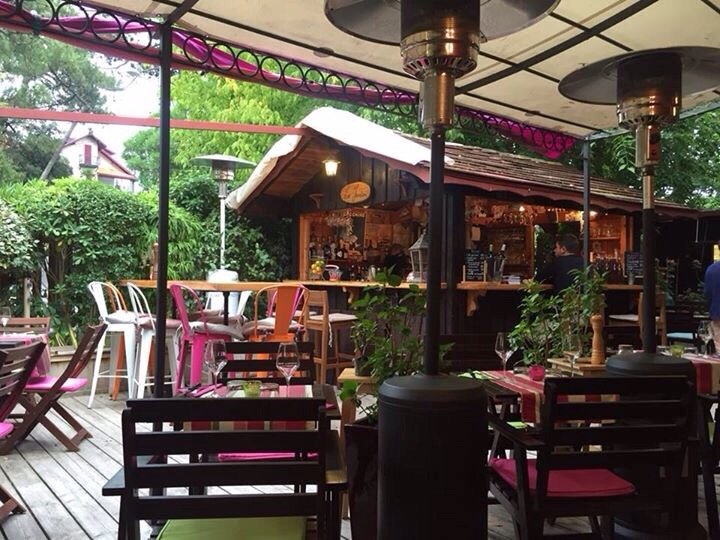 Things To Do in Moroccan, Restaurants in Moroccan