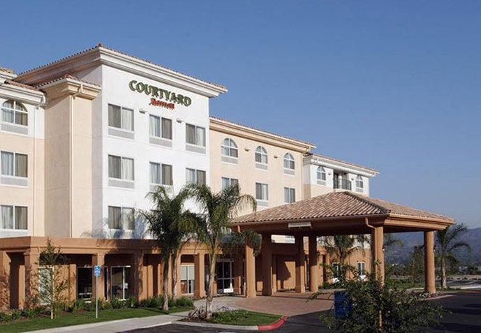 Courtyard Ventura Simi Valley