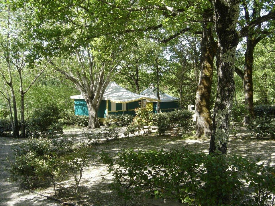 Camping le val dh rault brissac france voir les tarifs et avis camping tripadvisor - Petit jardin brissac ...