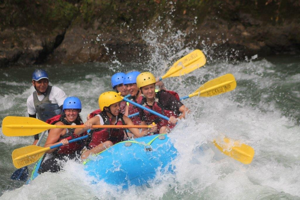 Rafting en Costa Rica !! muy recomendable