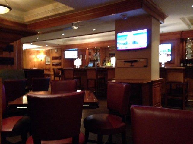 Fairfax Grille & Lounge bar area