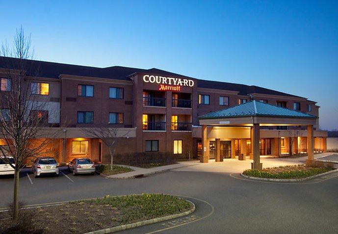 Courtyard West Orange