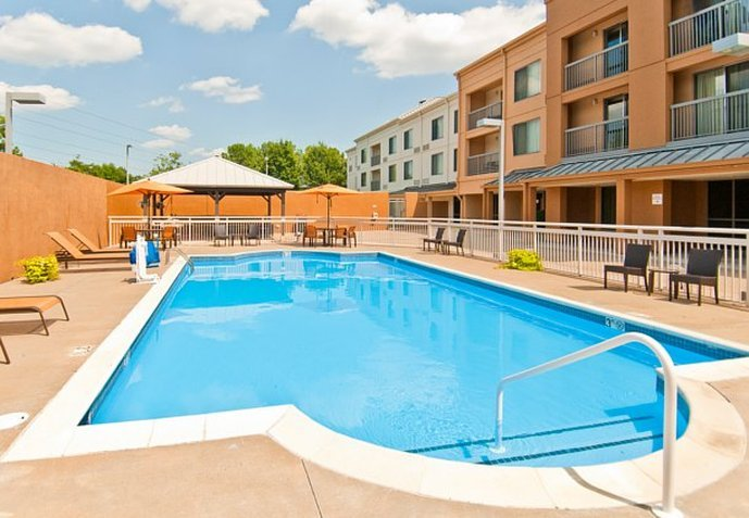Courtyard Memphis East/Bill Morris Parkway