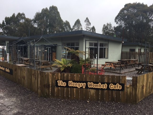 Read Reviews Of Lake St Clair Hungry Wombat Cafe