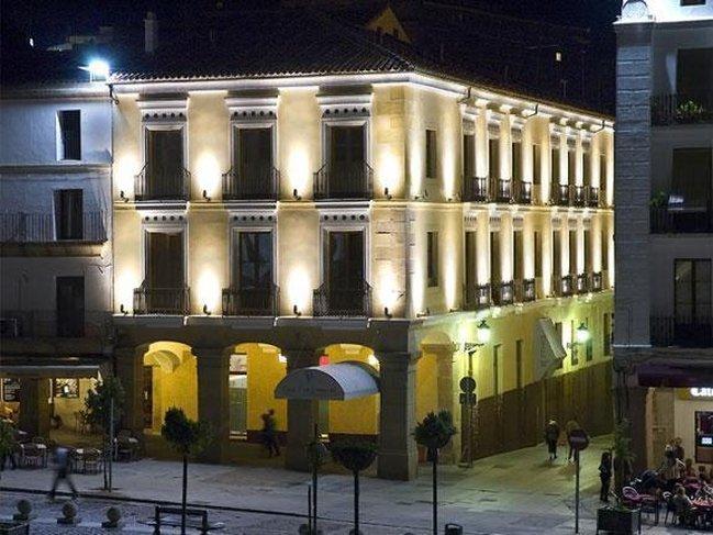 ホテル カーサ ドン フェルナンド