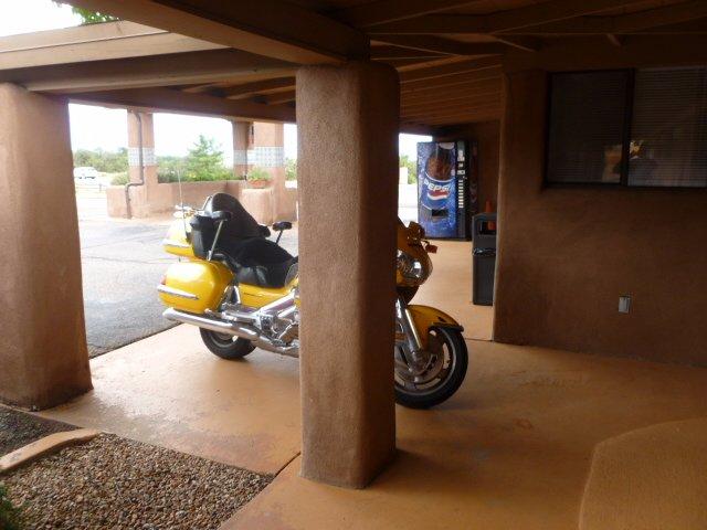 Pecos Trail Inn