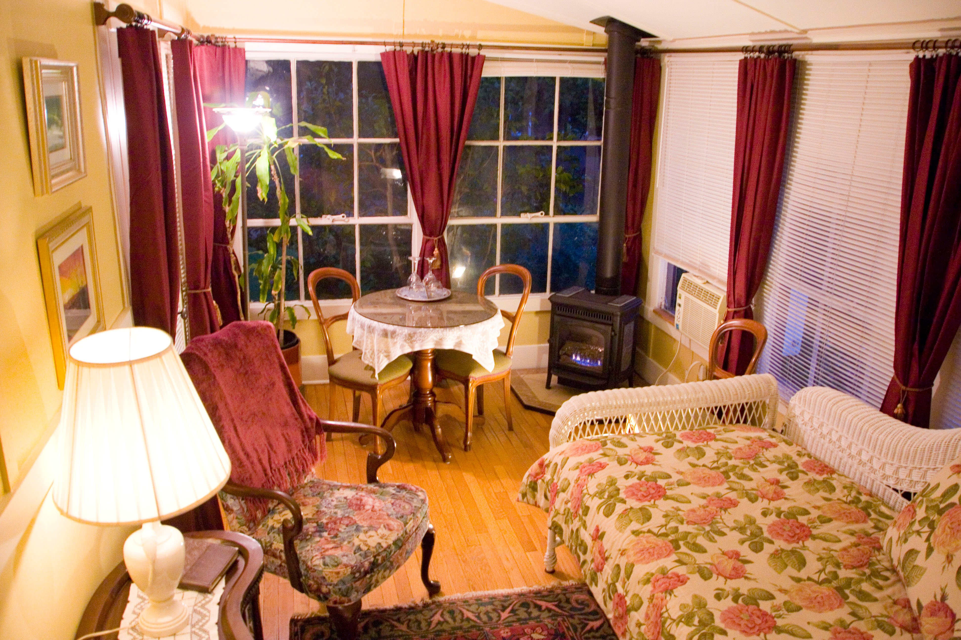 Barretta Gardens Inn Bed and Breakfast