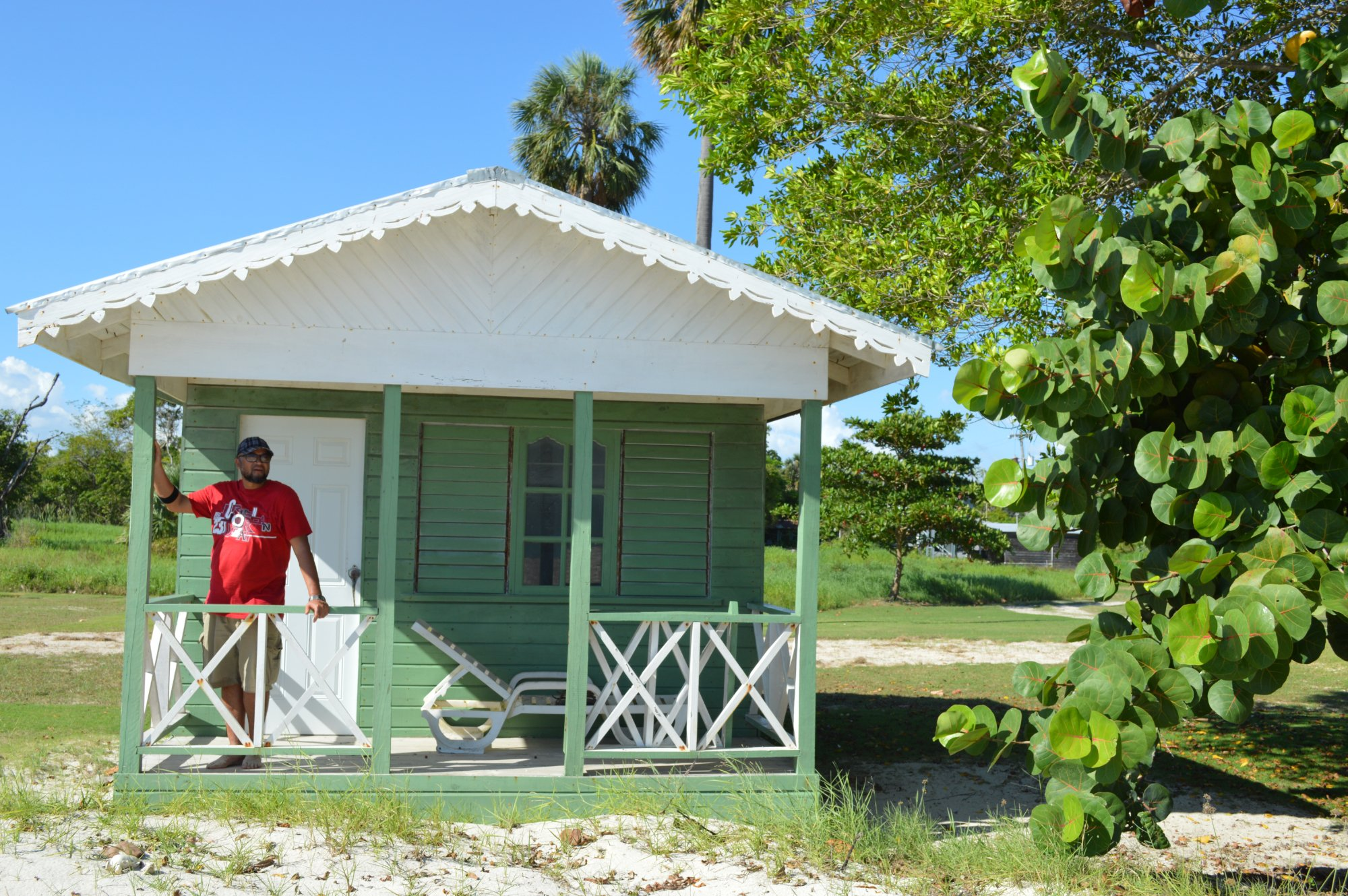 Cottage on the beach - Community Tourism