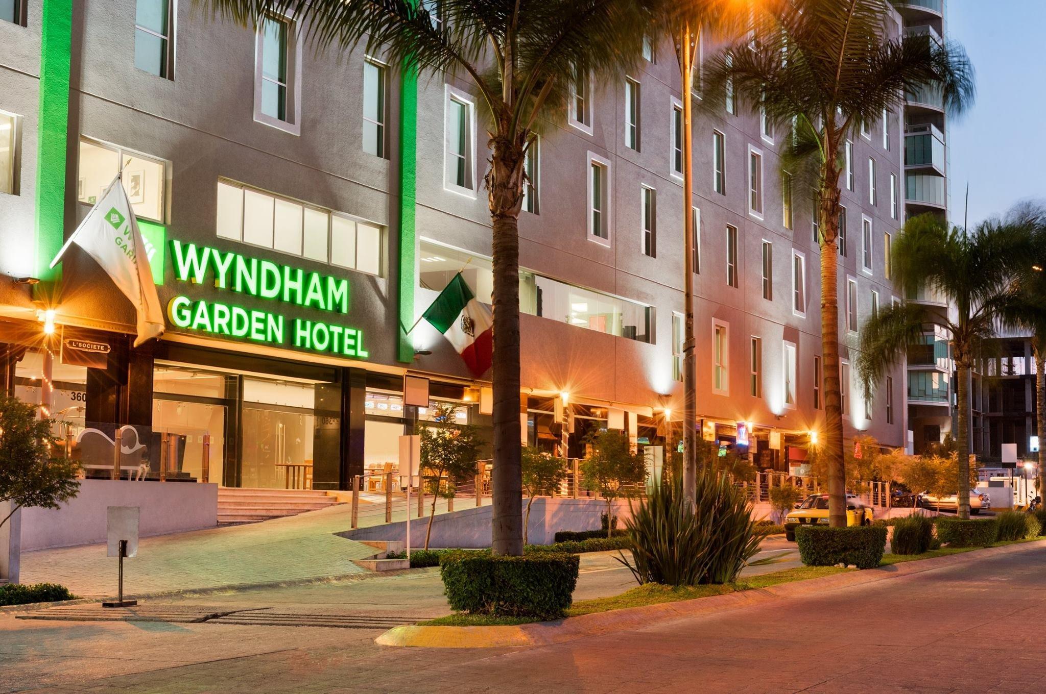 Wyndham Garden Guadalajara Acueducto