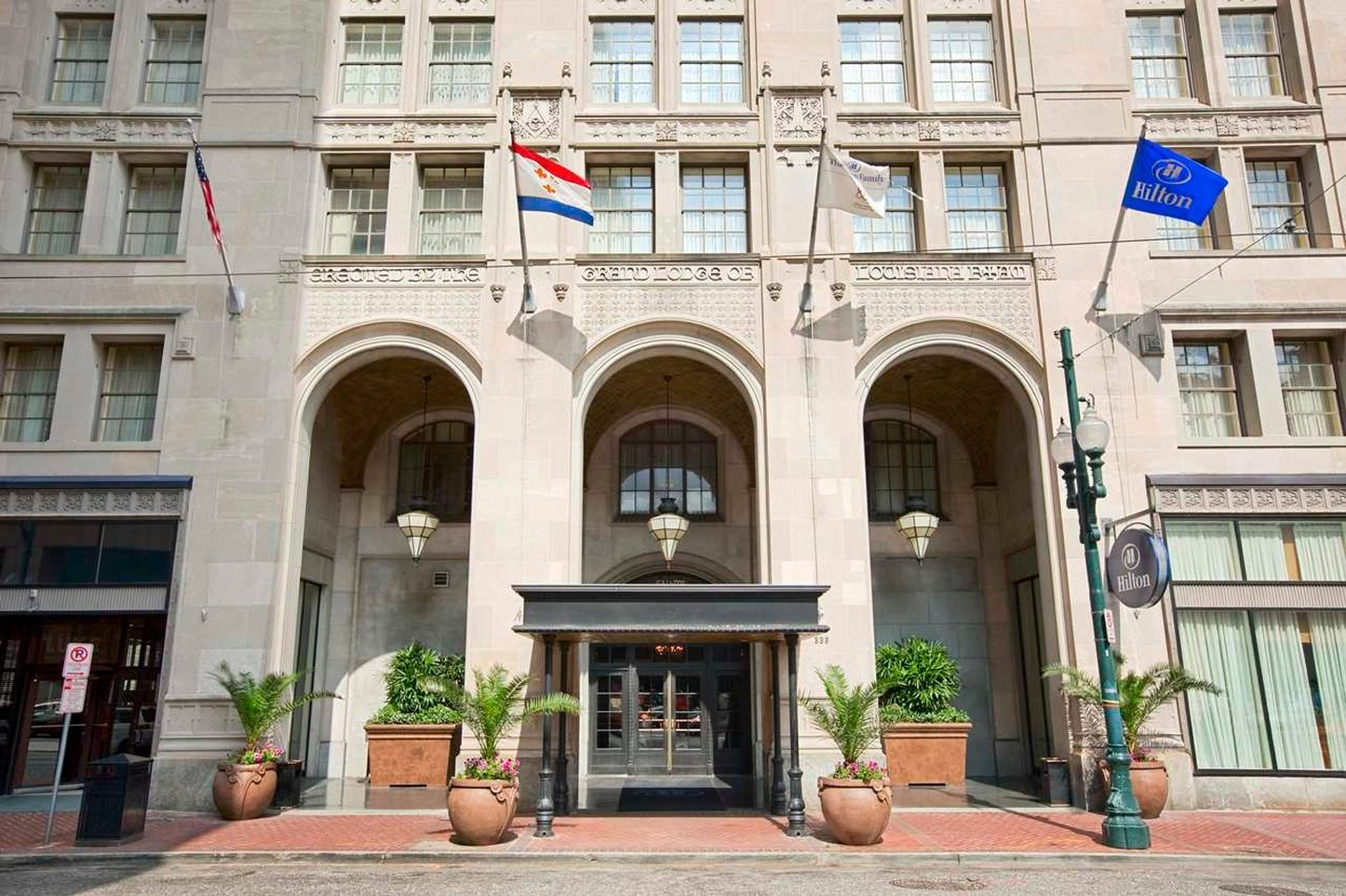 Hilton New Orleans/St. Charles Avenue