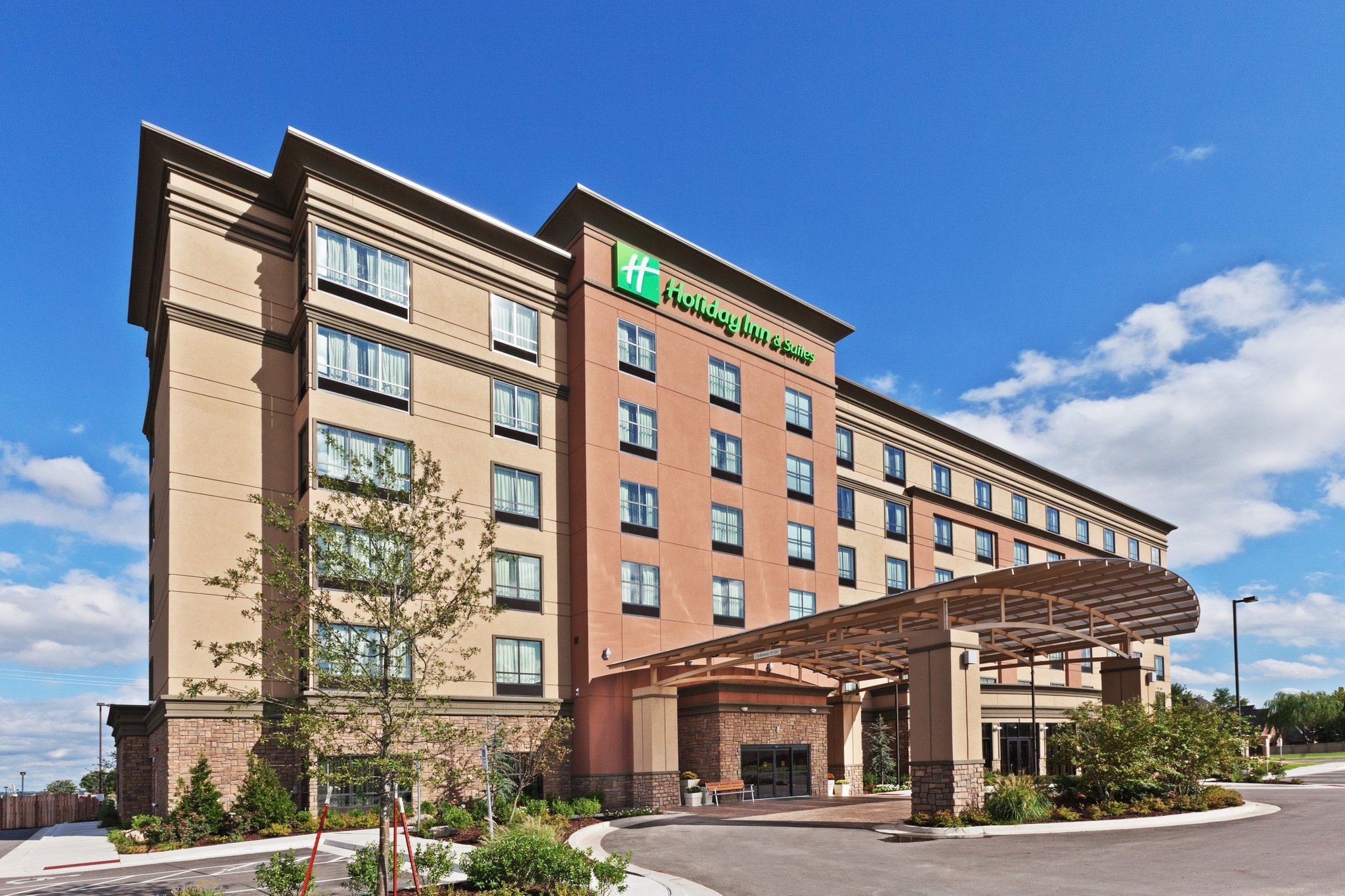 Holiday Inn Hotel & Suites Tulsa South