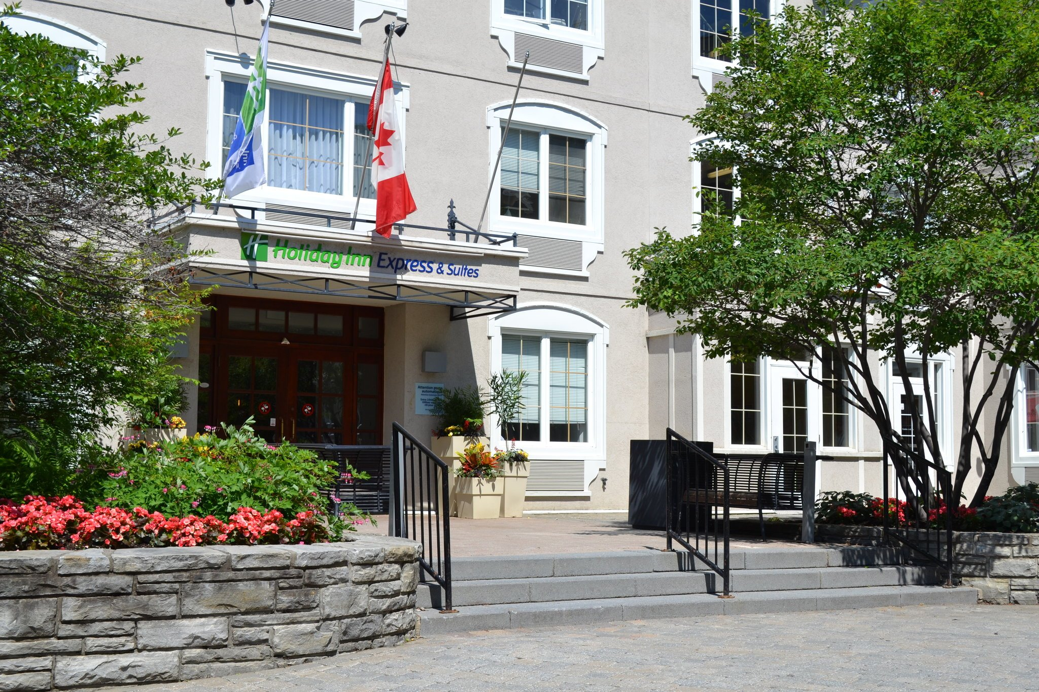 Holiday Inn Express Hotel & Suites Mont-Tremblant