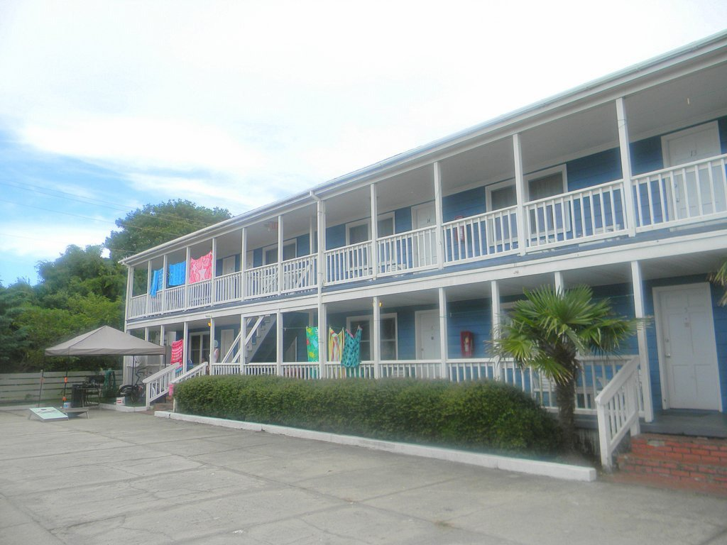 The Harborside Motel