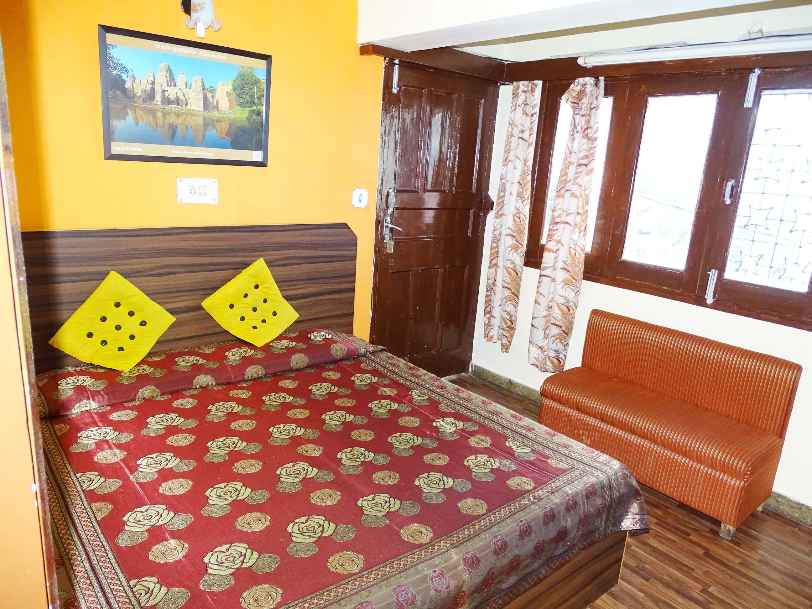Hotel Samrat SS