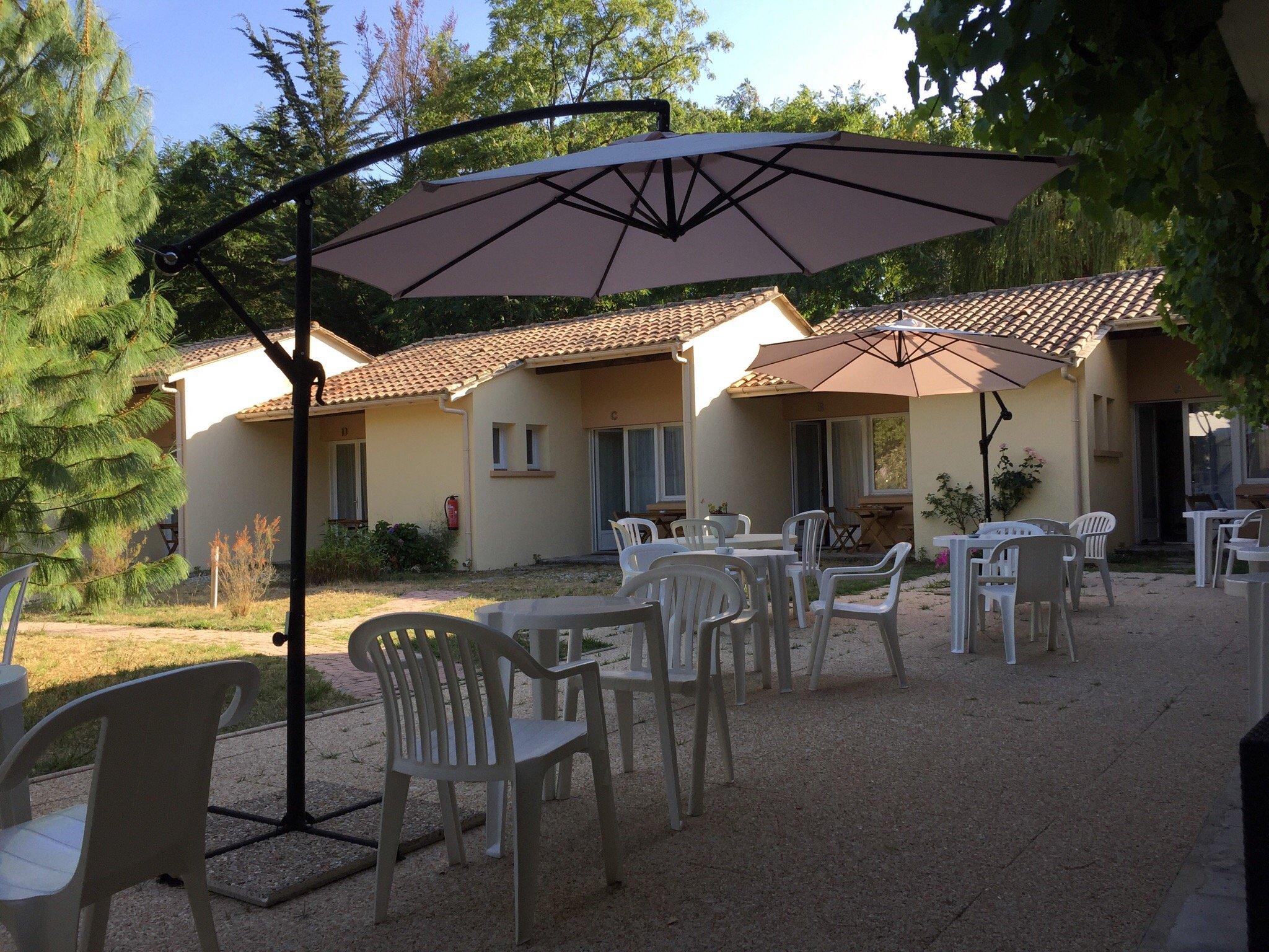 Acacias Hotel Motel