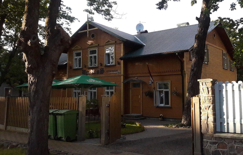 Portoss Guest House