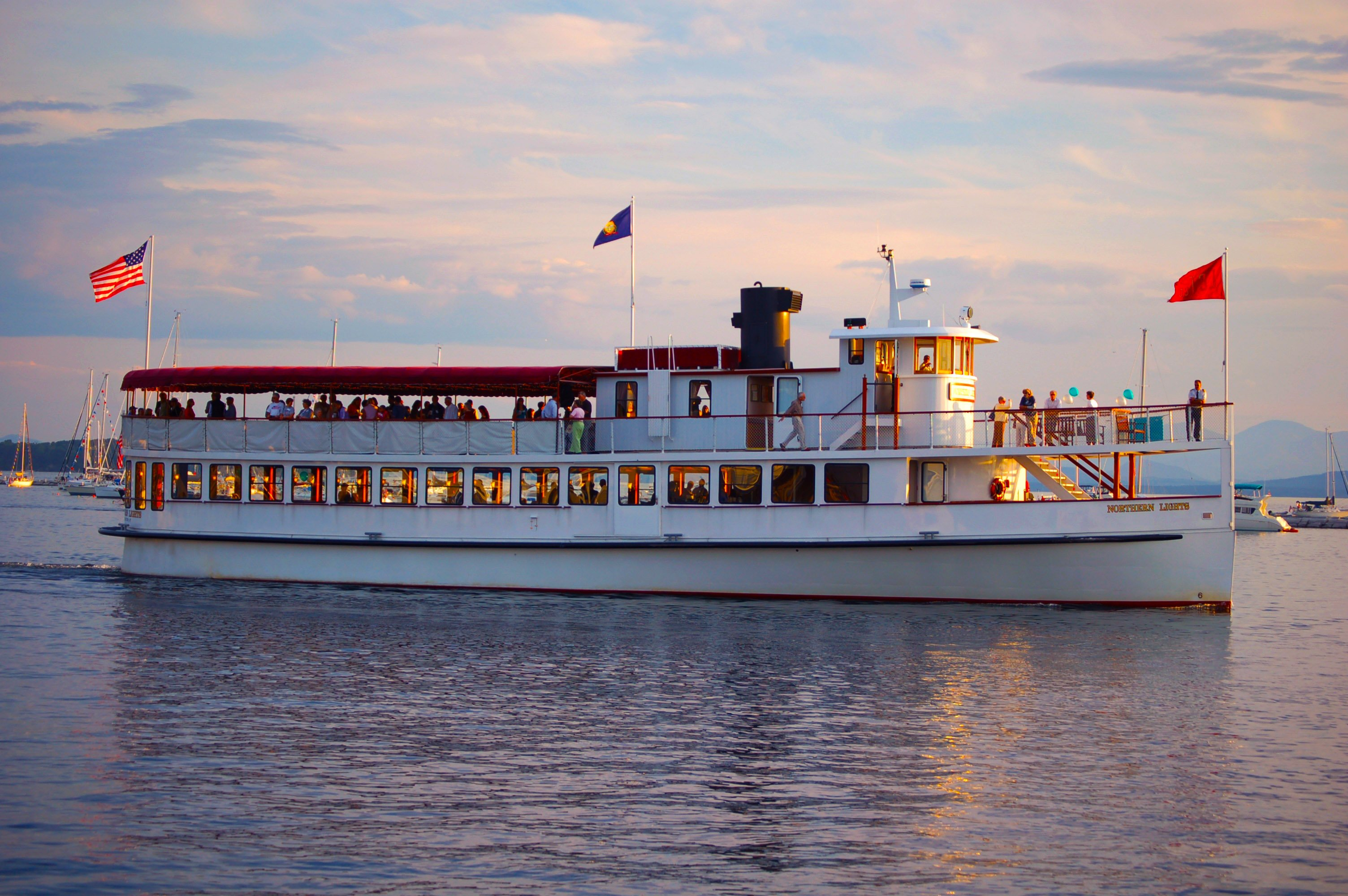 Classic harbor line boston ma day tours