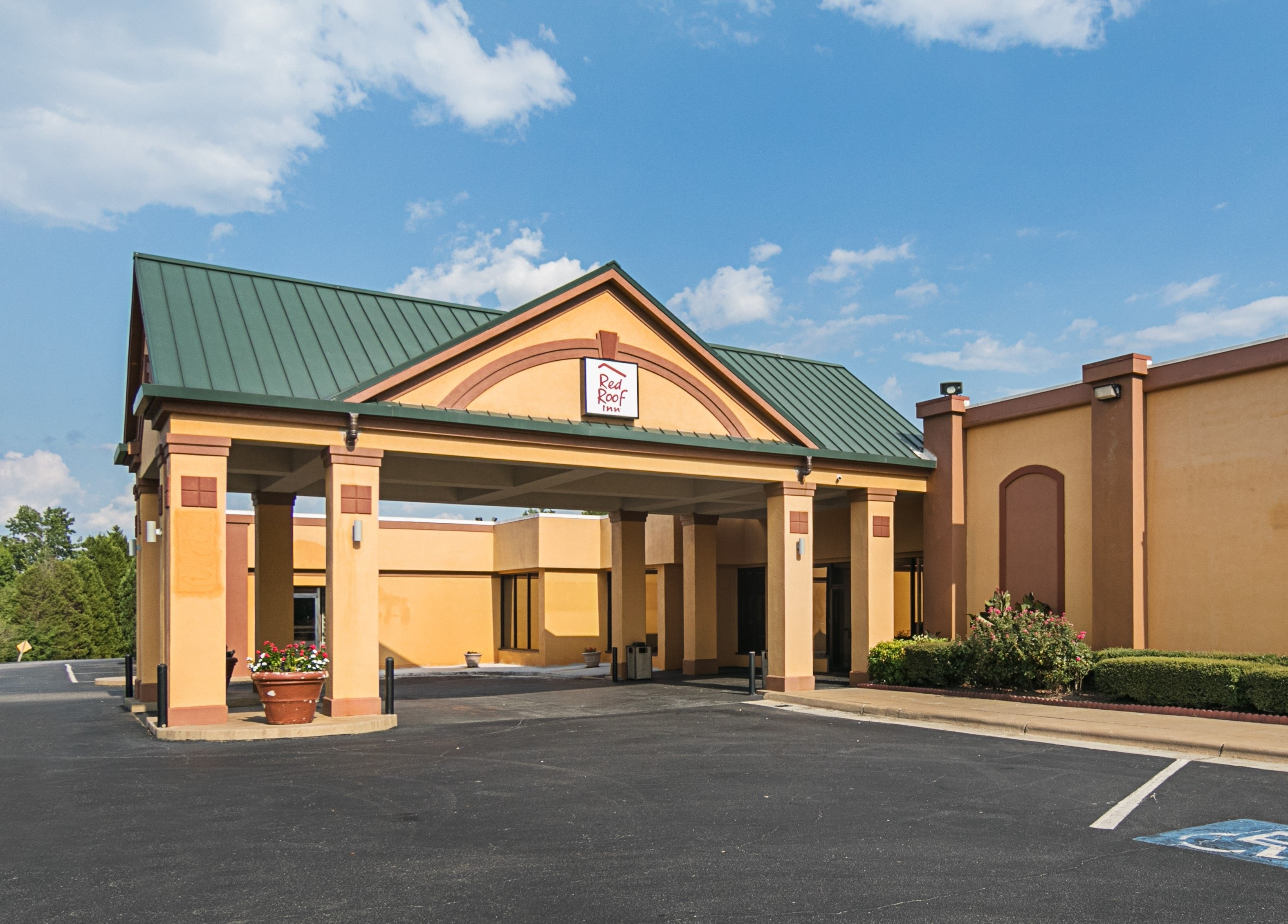 Red Roof Inn Forsyth