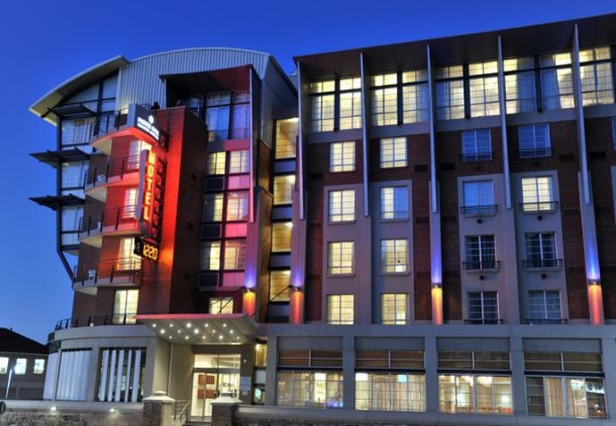 Protea Hotel Victoria Junction Waterfront