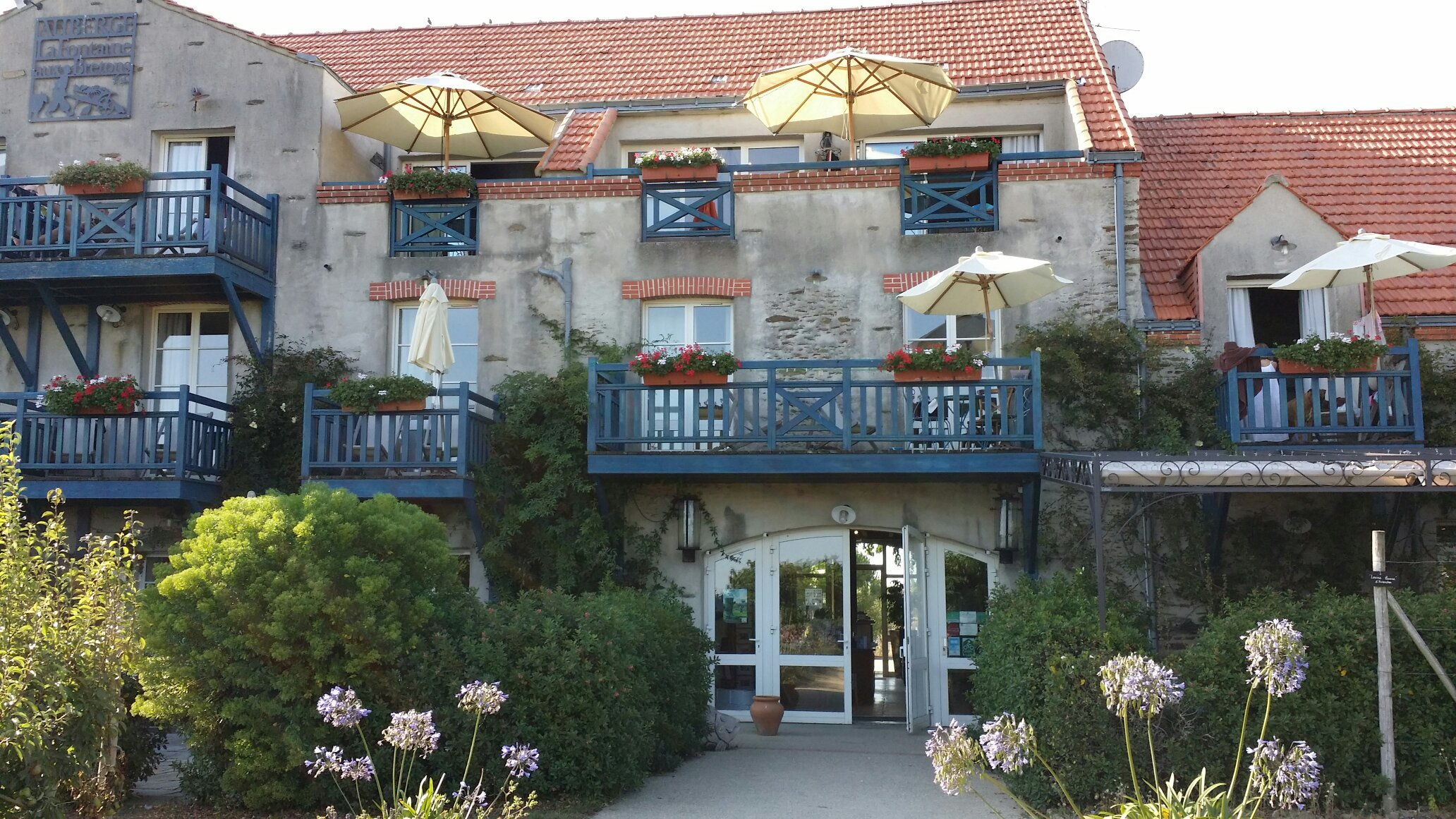 Hotel Residence La Fontaine Aux Bretons