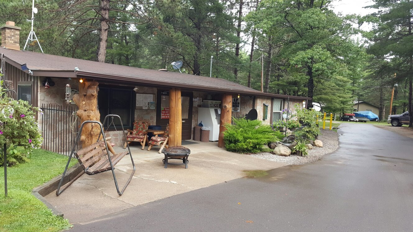 Patricia Lake Campground
