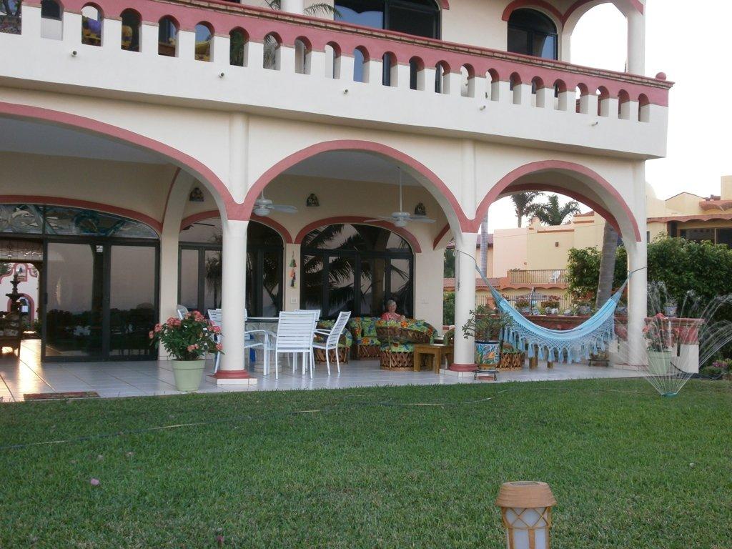 Casa de Ensuenos B & B