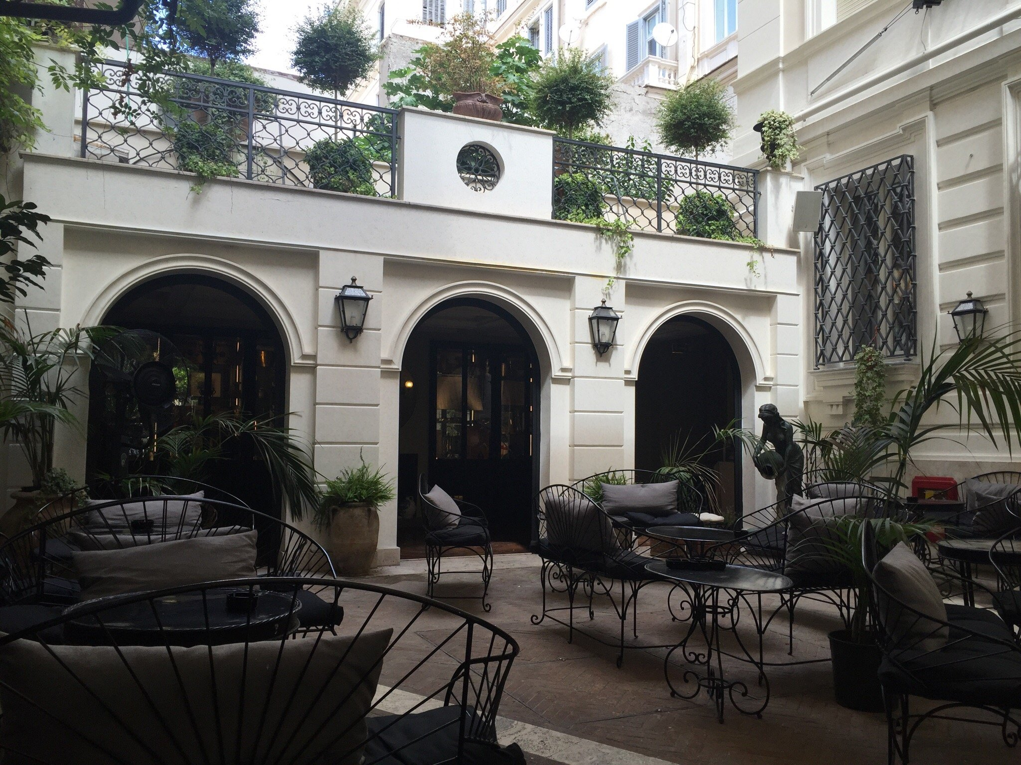Hotel Locarno Rome
