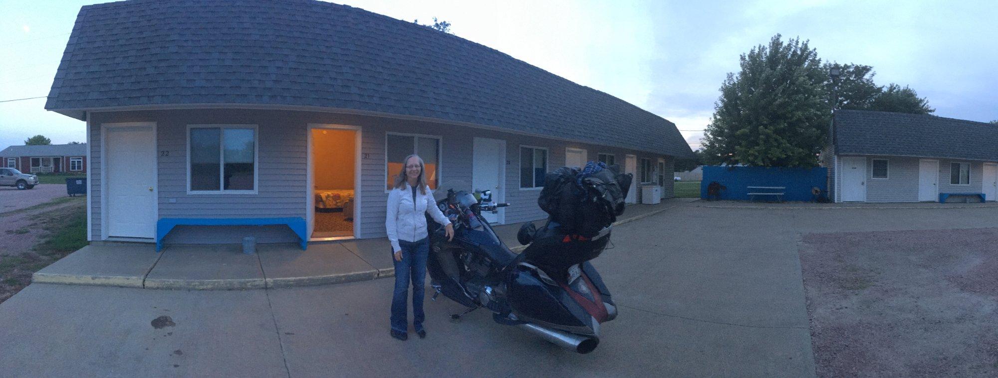 Gray House Motel