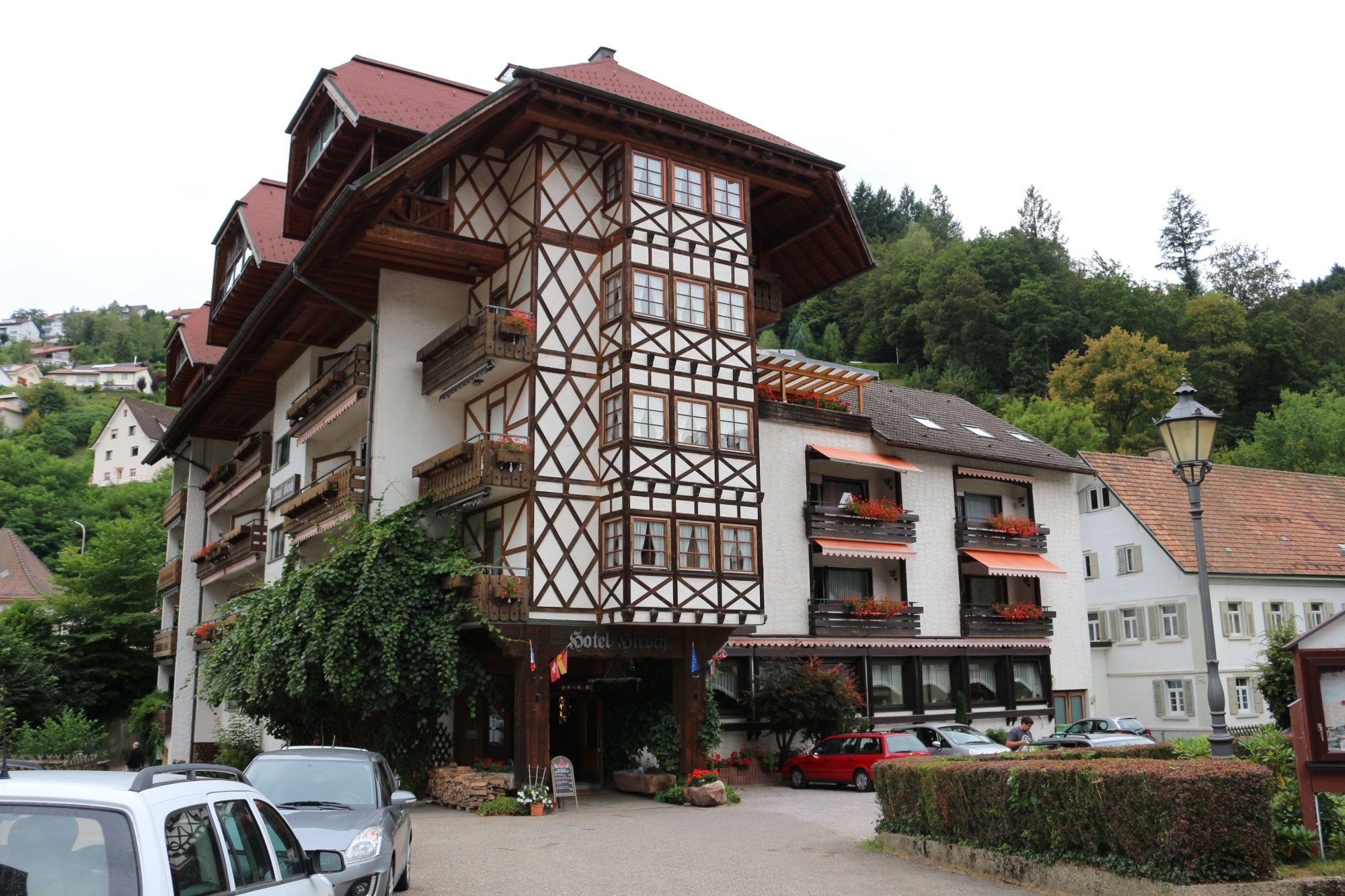 호텔 히르쉬