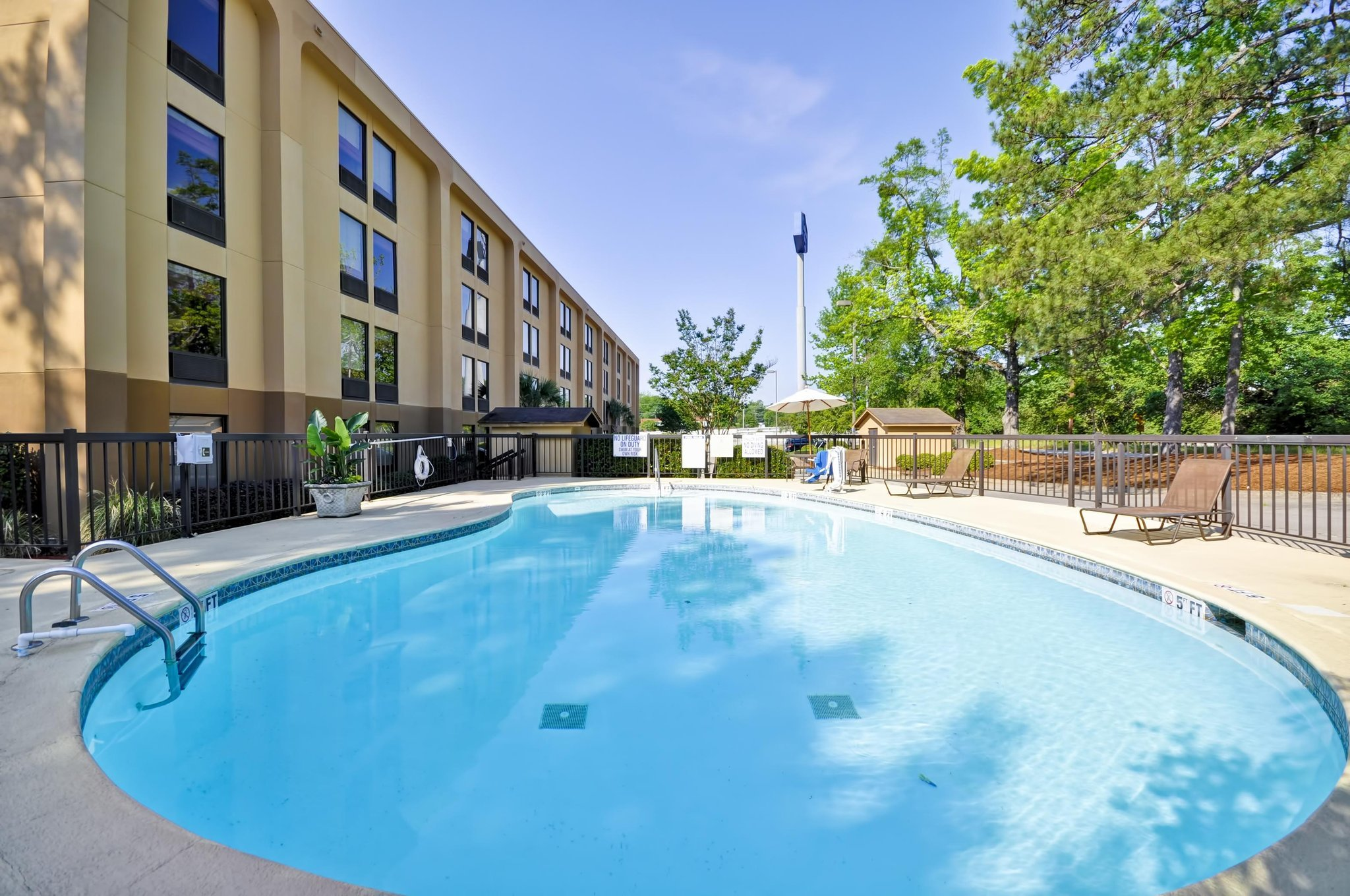 Hampton Inn Columbia-I-26 Airport