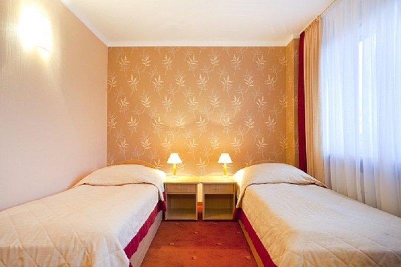 호텔 후자르