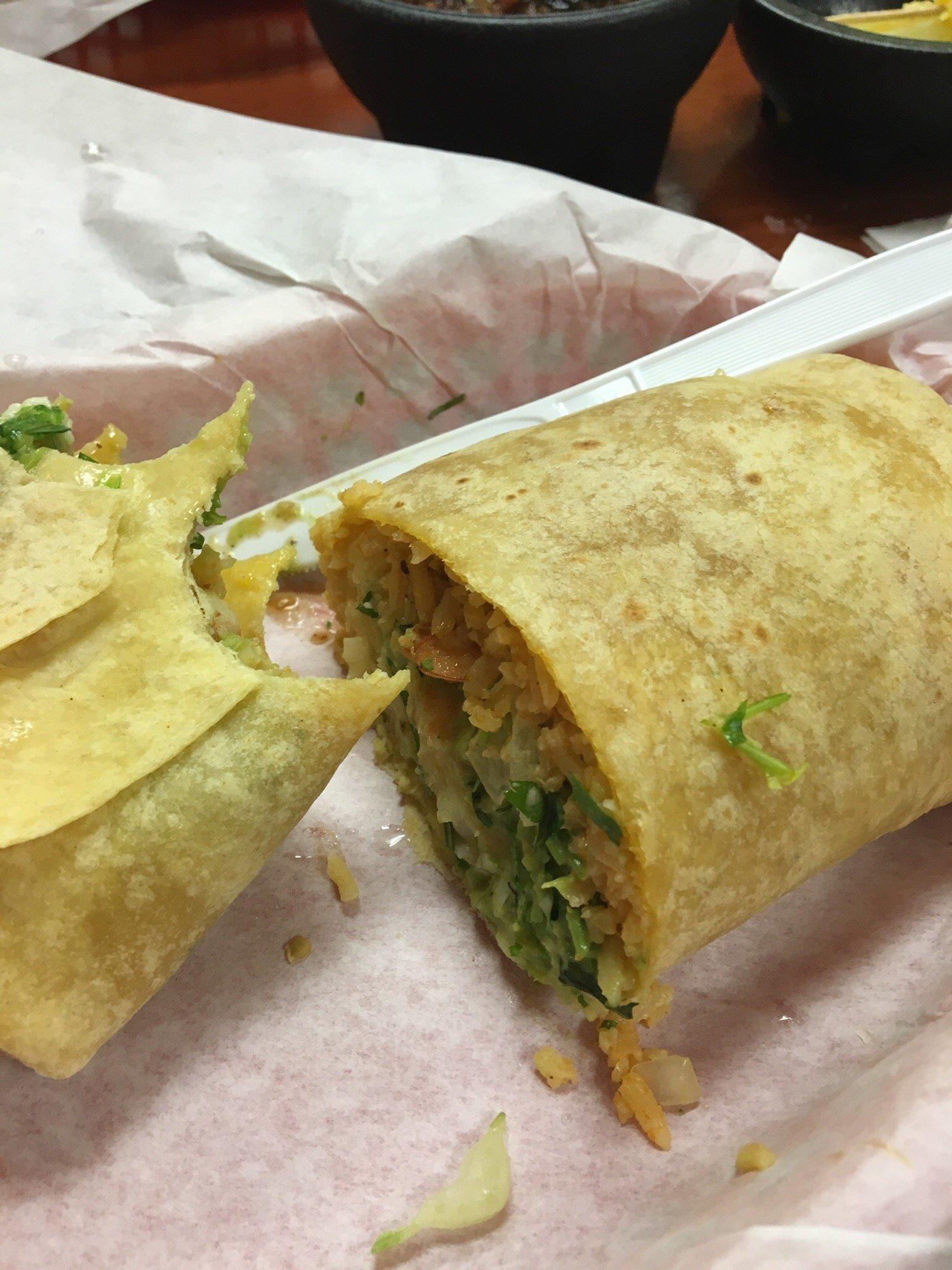 Delicious Marguerita .  Great Shrimp burrito!!