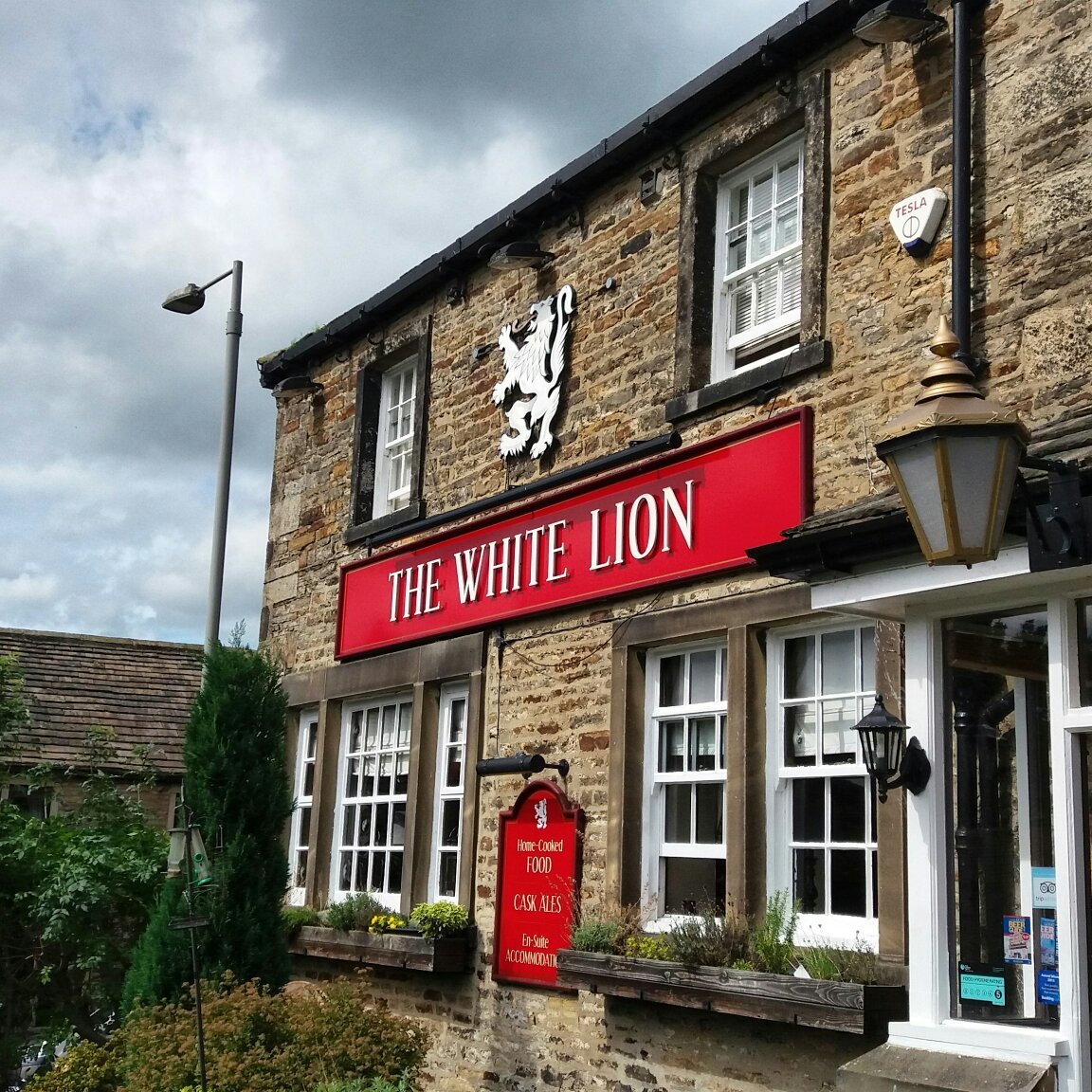 The White Lion Kildwick