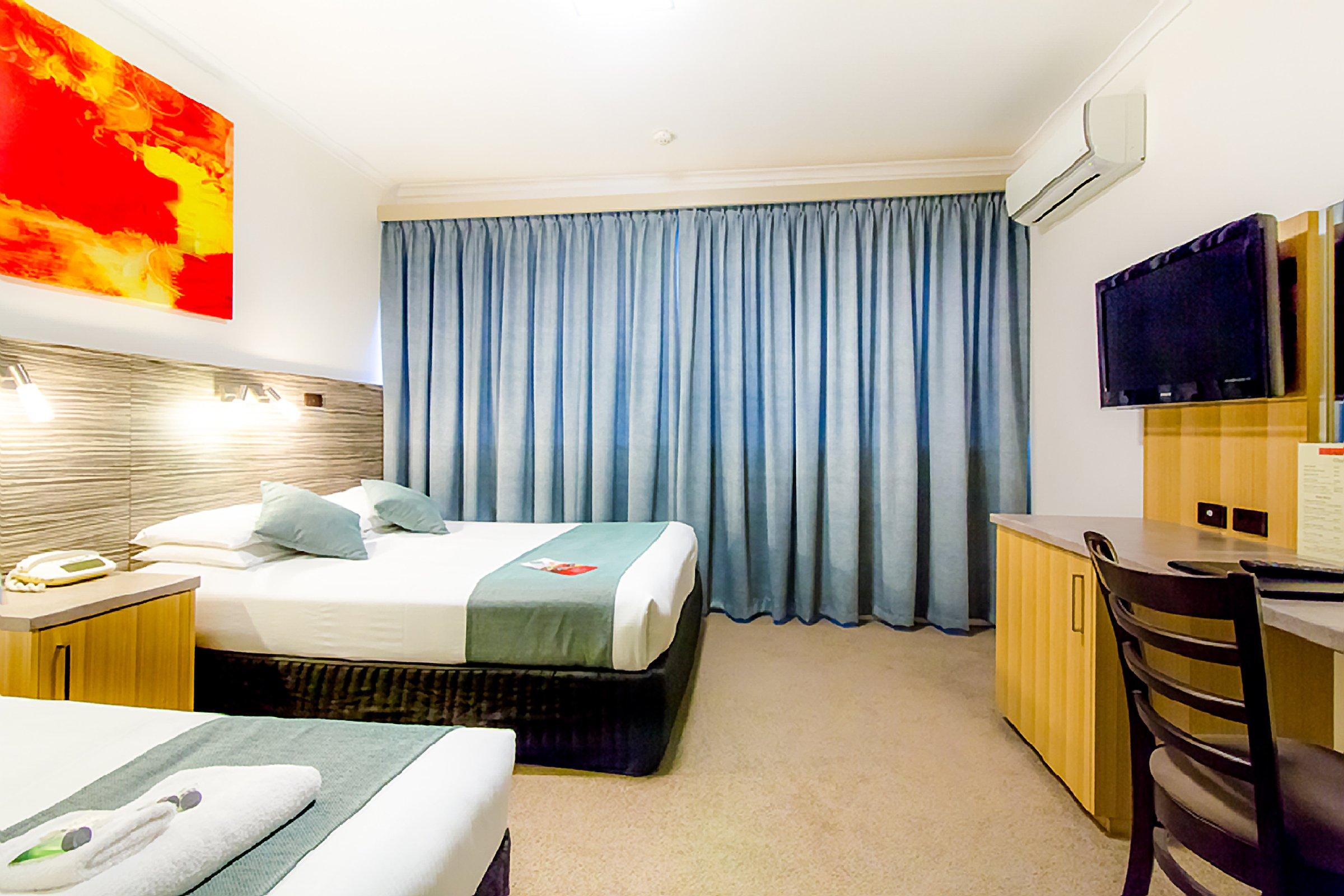 Comfort Inn Regal Park