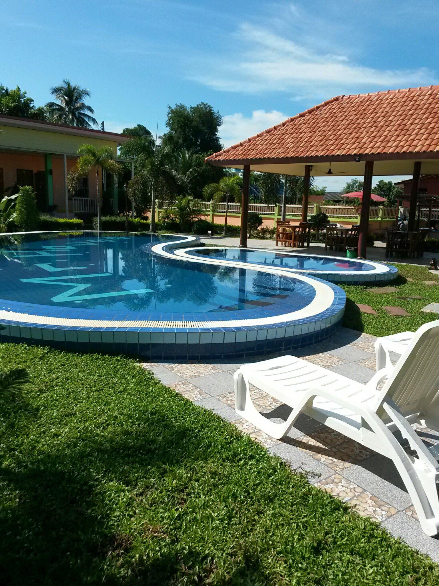 Mr House Italian Restaurant Resort