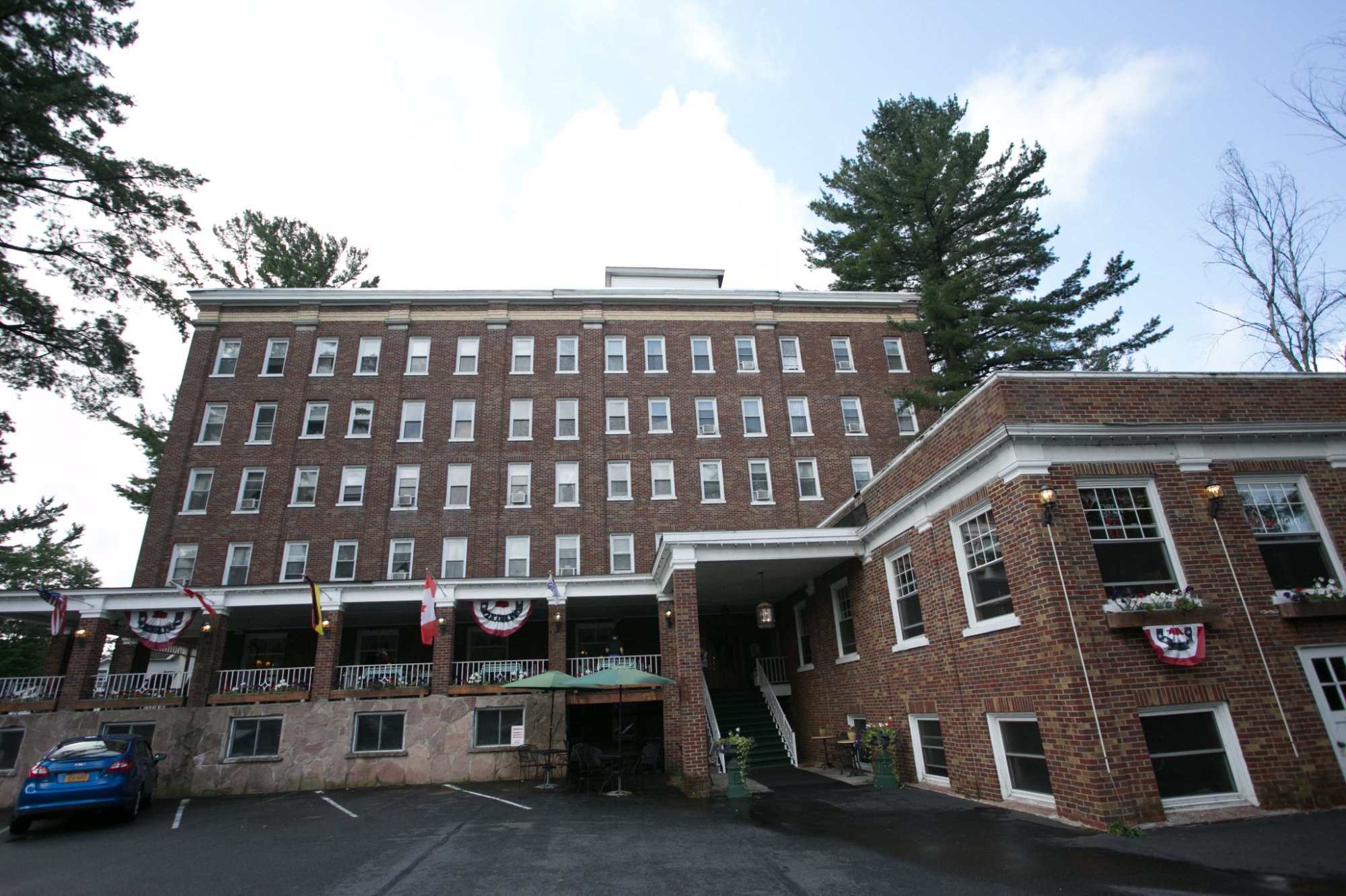 The Pines Inn of Lake Placid