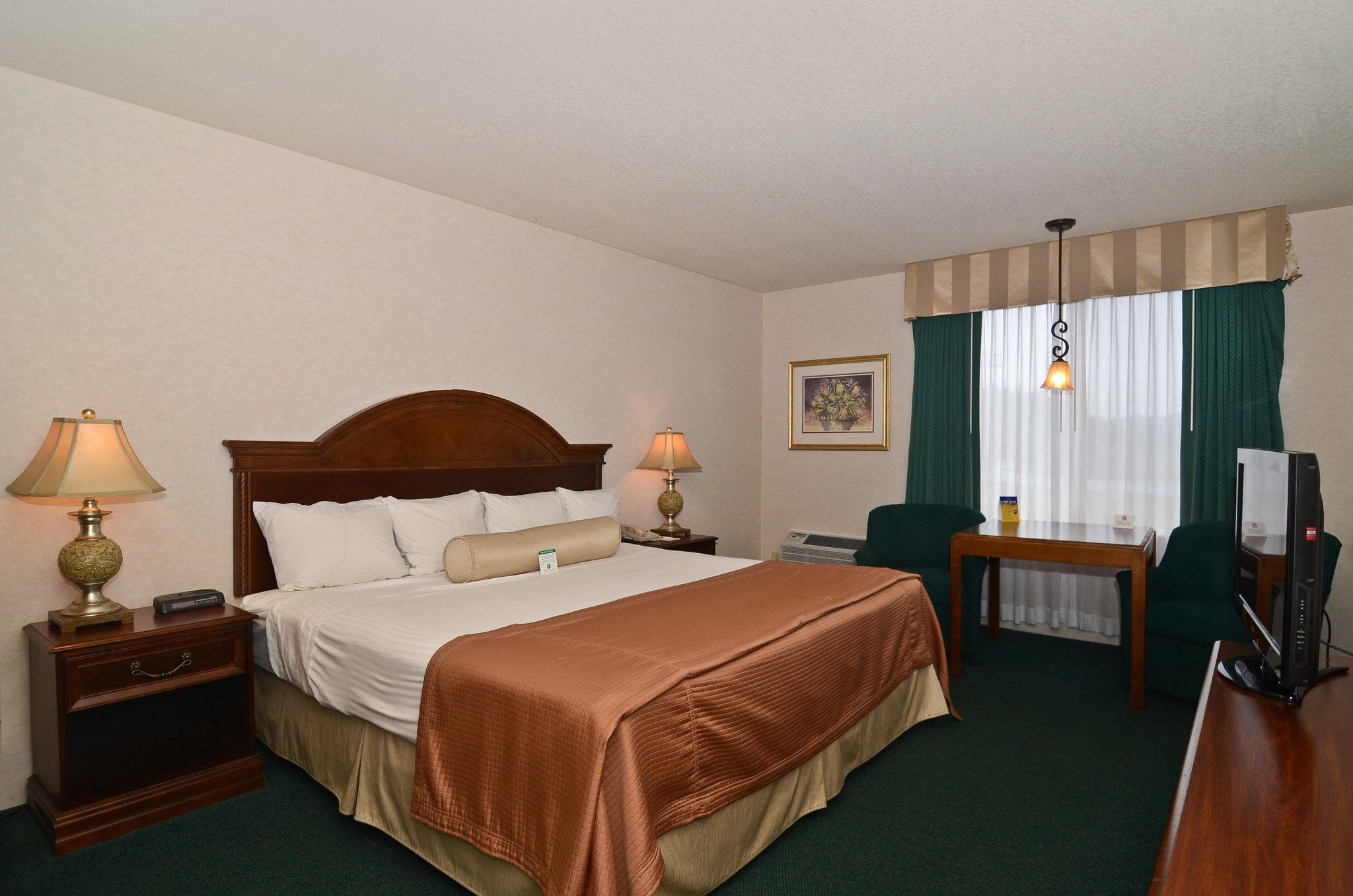 貝斯特韋斯特里茨港薩巴斯軍套房酒店