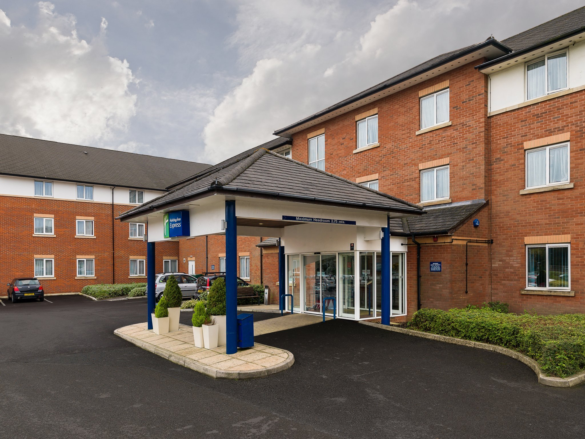 ‪Holiday Inn Express London Gatwick-Crawley‬