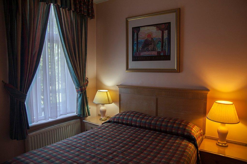 Her Majesty Hotel