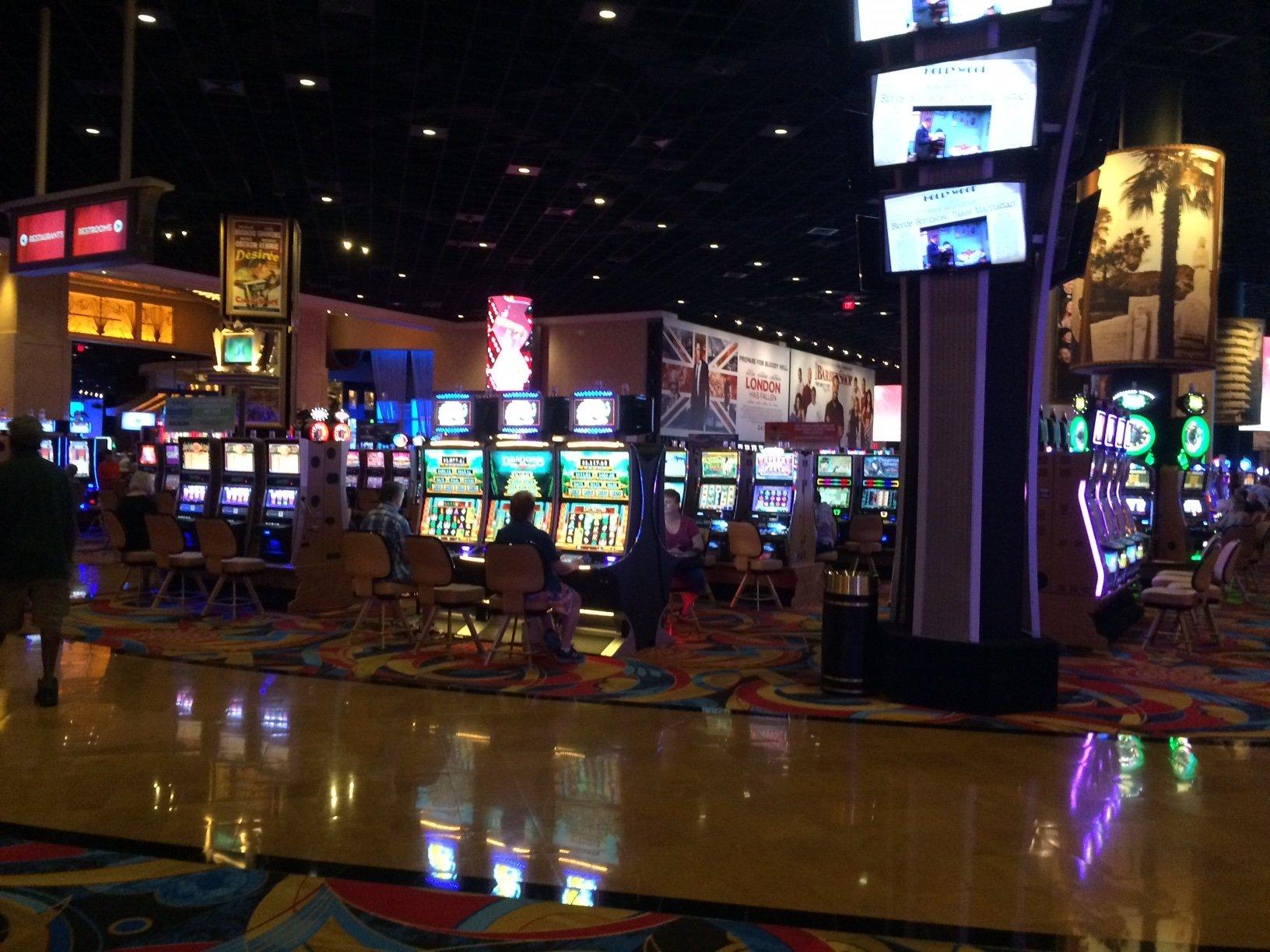 Hotels near hollywood casino toledo oh