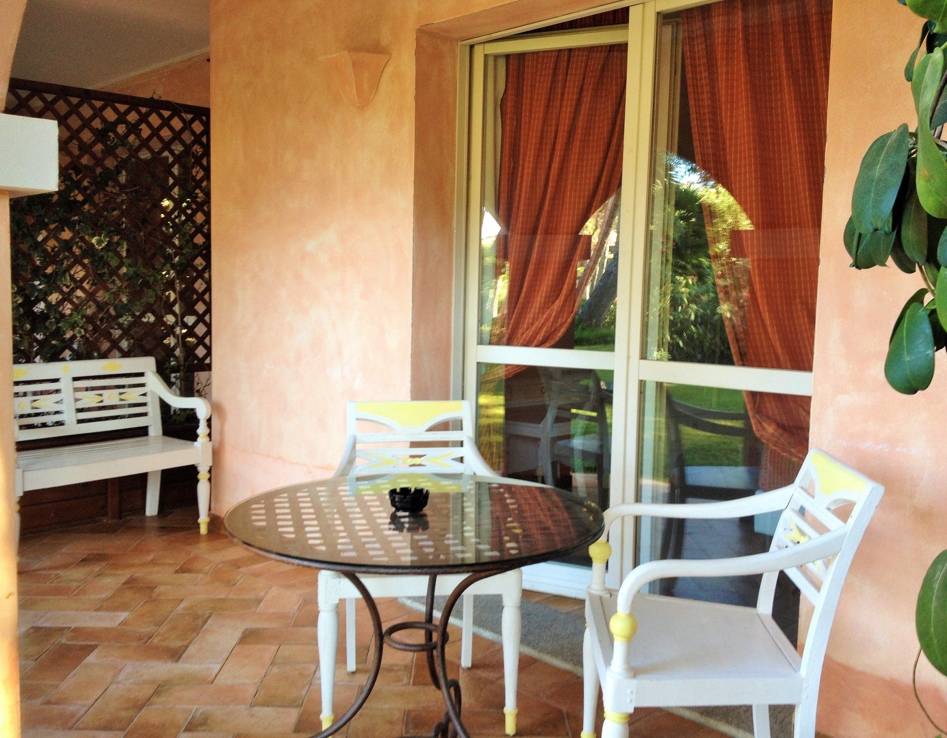 Prices 1komn apartment in Villasimius