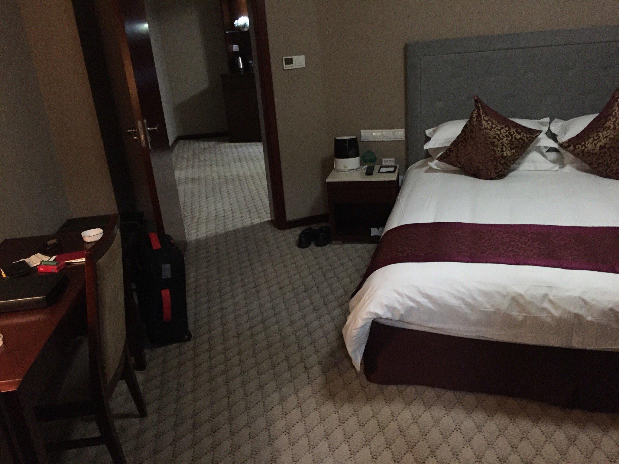 Chunyi Hotel