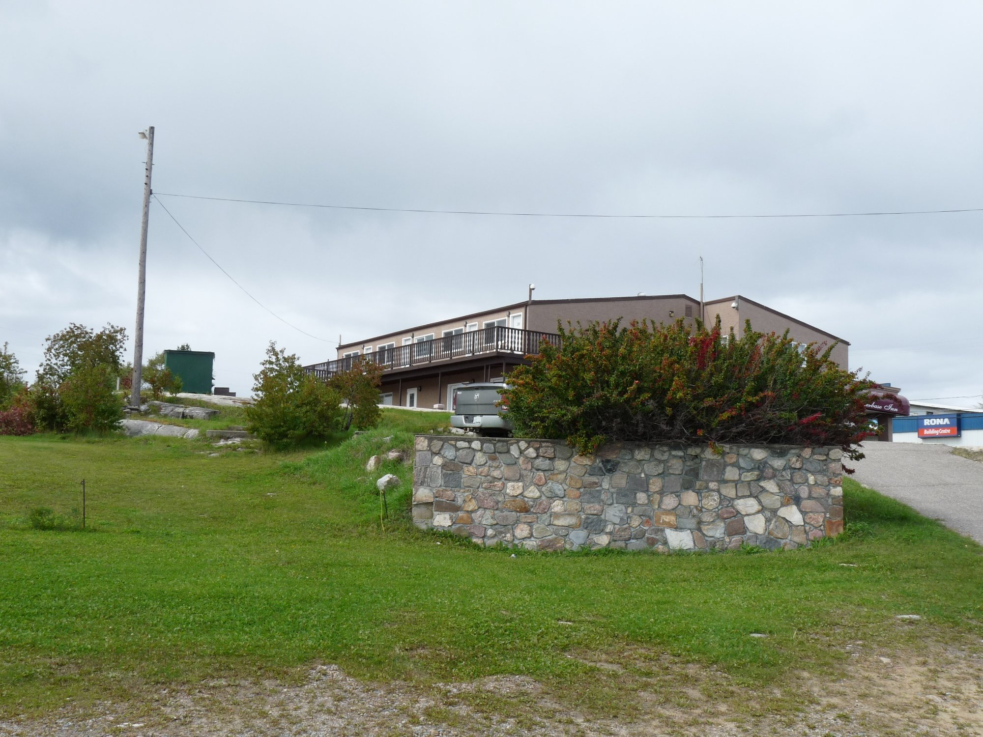 Waterbase Inn