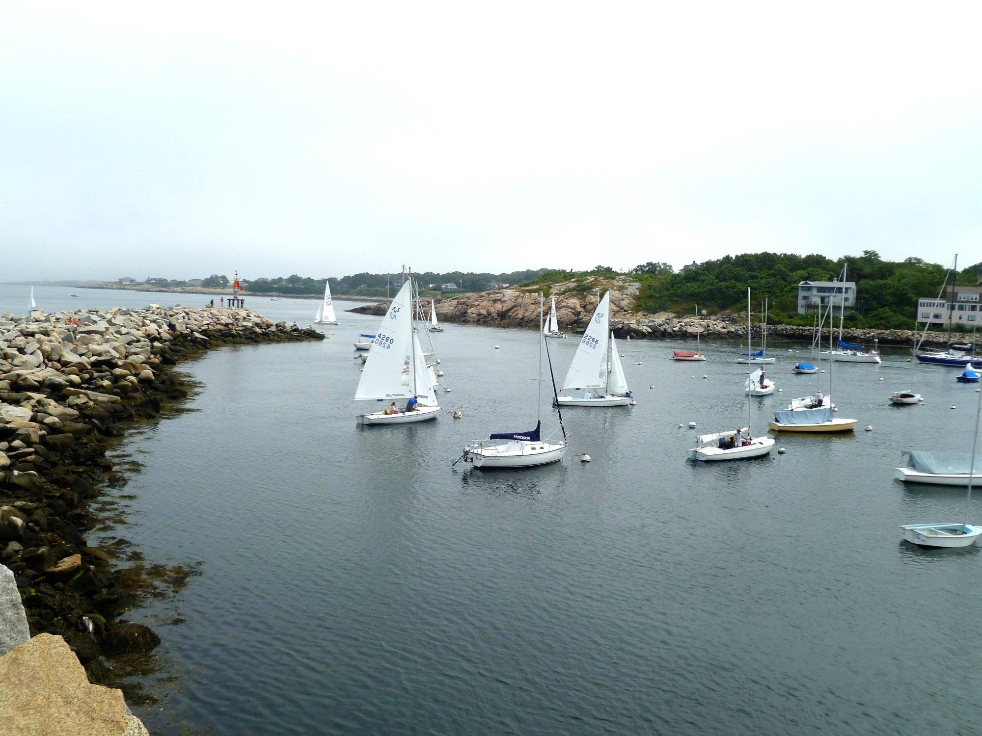 Tres beau port de mer a Rock Port.