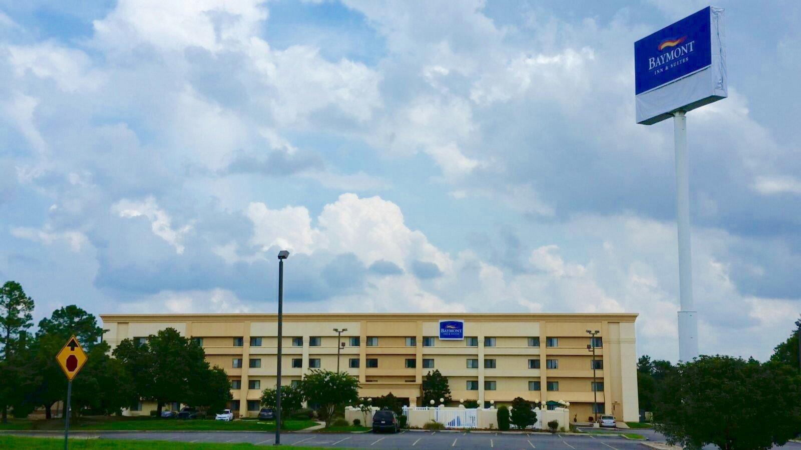 德克薩肯納拉昆塔套房飯店