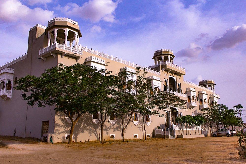 Phalodi India  city photos gallery : Barsingha Villa Hotel Phalodi, Rajasthan, India 2016 Guest house ...