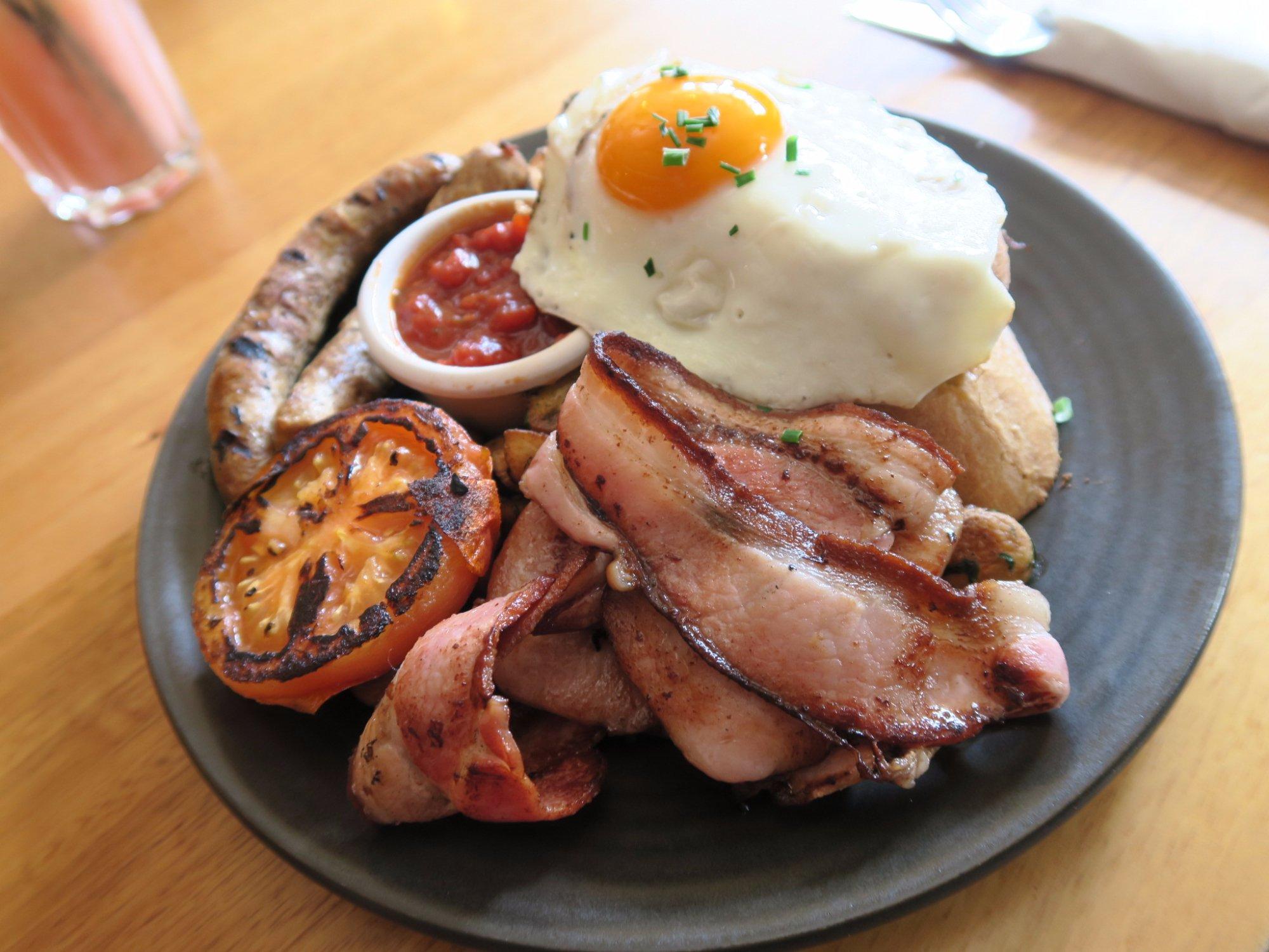 New South Wales, Australia Food Guide: 7 Australian food Must-Eat Restaurants & Street Food Stalls in Bungendore